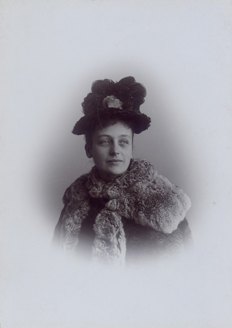 Marie, née Westphal, wife and cousin of Franz von Mendelssohn in 1894.  Image: private collection.